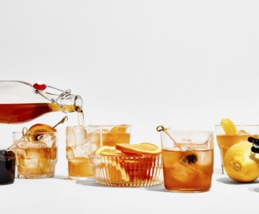 Bon Appetit: How to Pre-Batch Old-Fashioneds—and Any Stirred Cocktail—for Maximum Party Portability